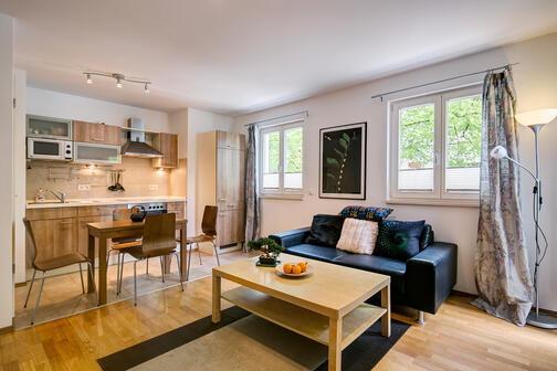 2 habitaciones piso amueblado internet tarifa plana m nich sendling 4124. Black Bedroom Furniture Sets. Home Design Ideas