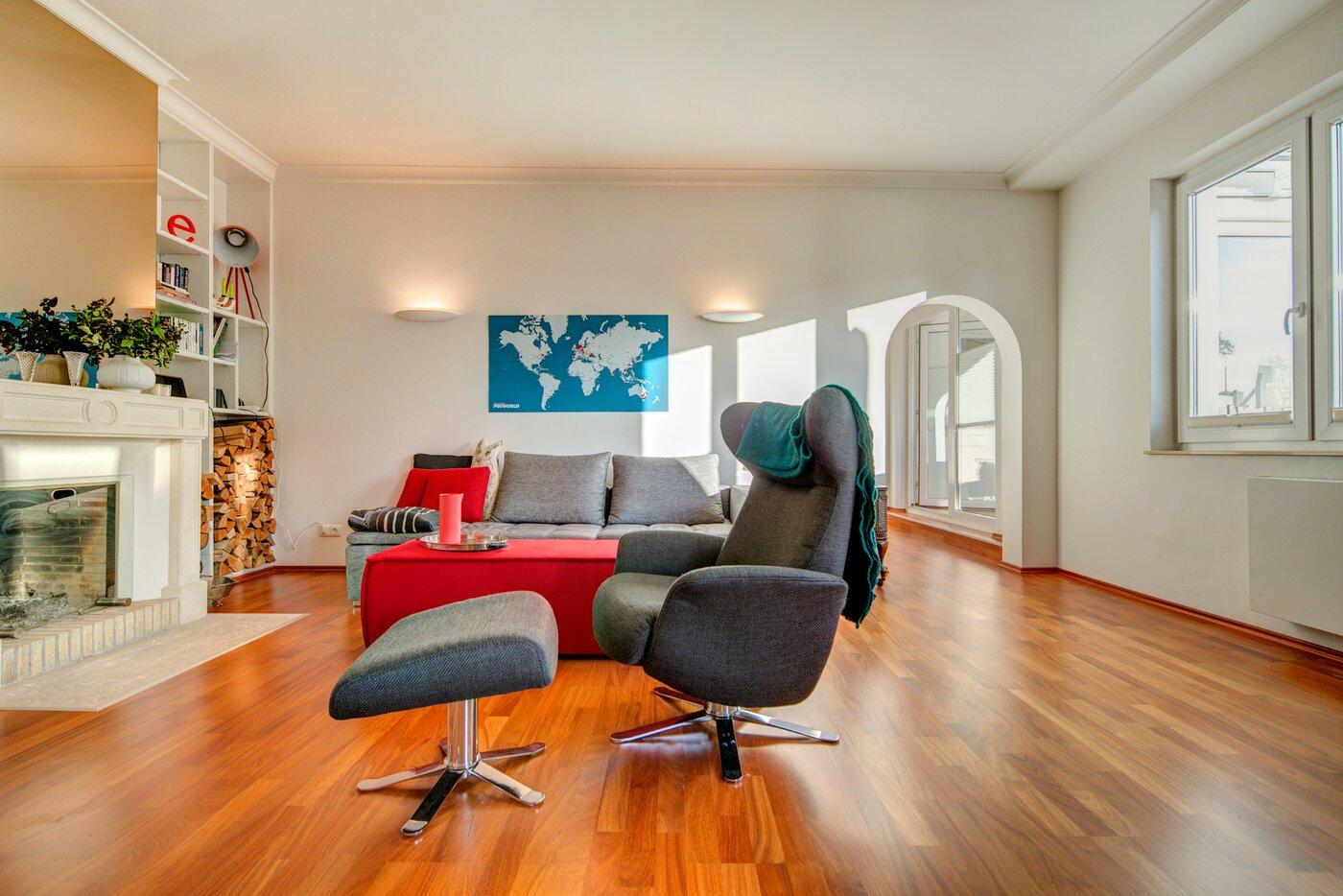 3 5 habitaciones piso amueblado parquet m nich solln for Piso 5 habitaciones